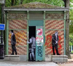 street-art-in-paris-by-levalet-13