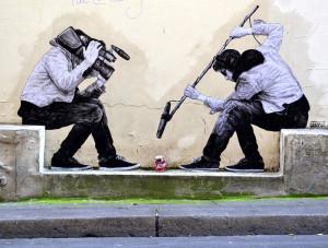 street-art-in-paris-by-levalet-20