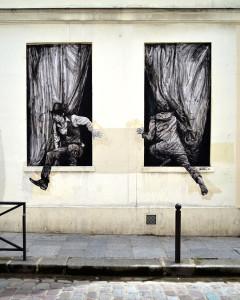 street-art-in-paris-by-levalet-24