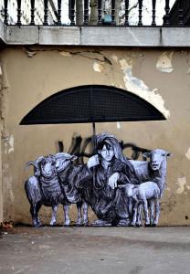 street-art-in-paris-by-levalet-4