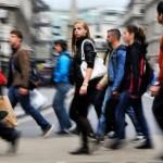¿Cuánto ahorran los jóvenes españoles cada mes?