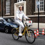 China reacciona a la epidemia de bicicletas de alquiler