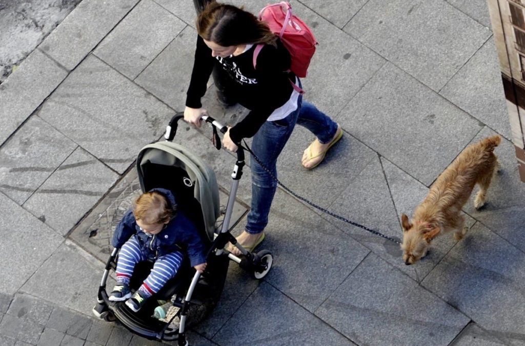 bebés en carrito